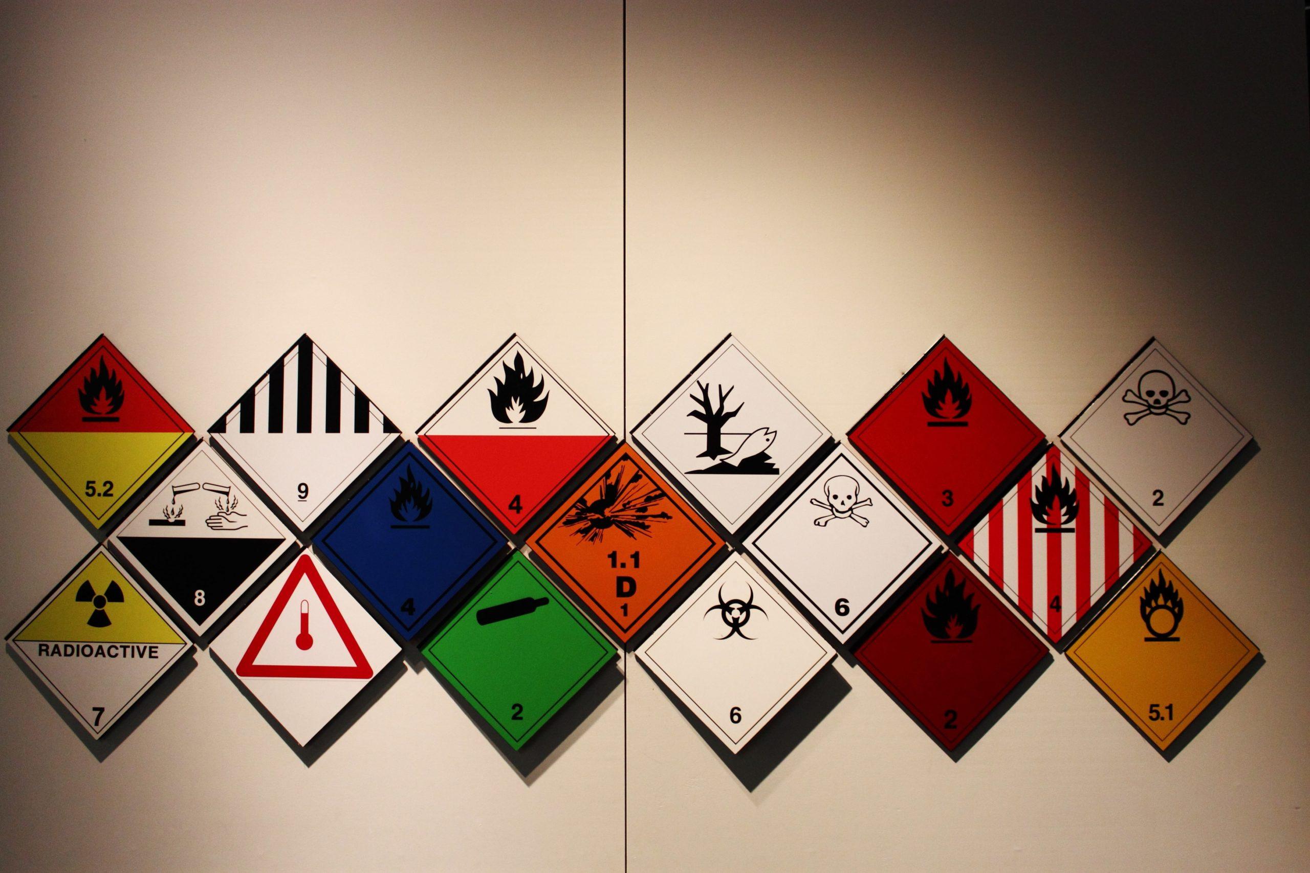 Dangerous good packing symbols