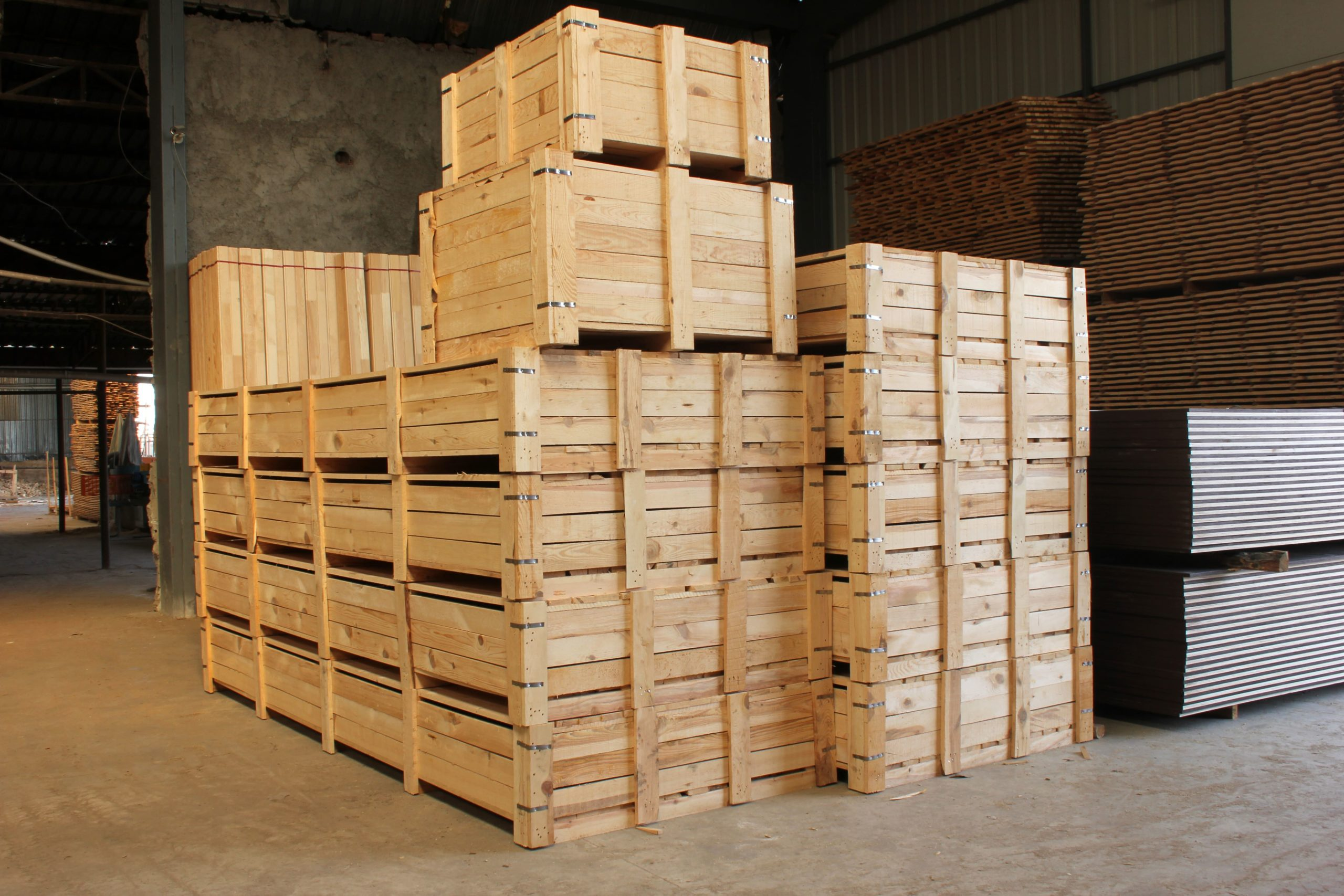 case-making for export packing